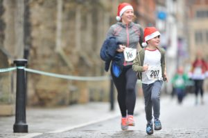 Fancy Dress Festive 5k runners for Arthur Rank Hospice Charity